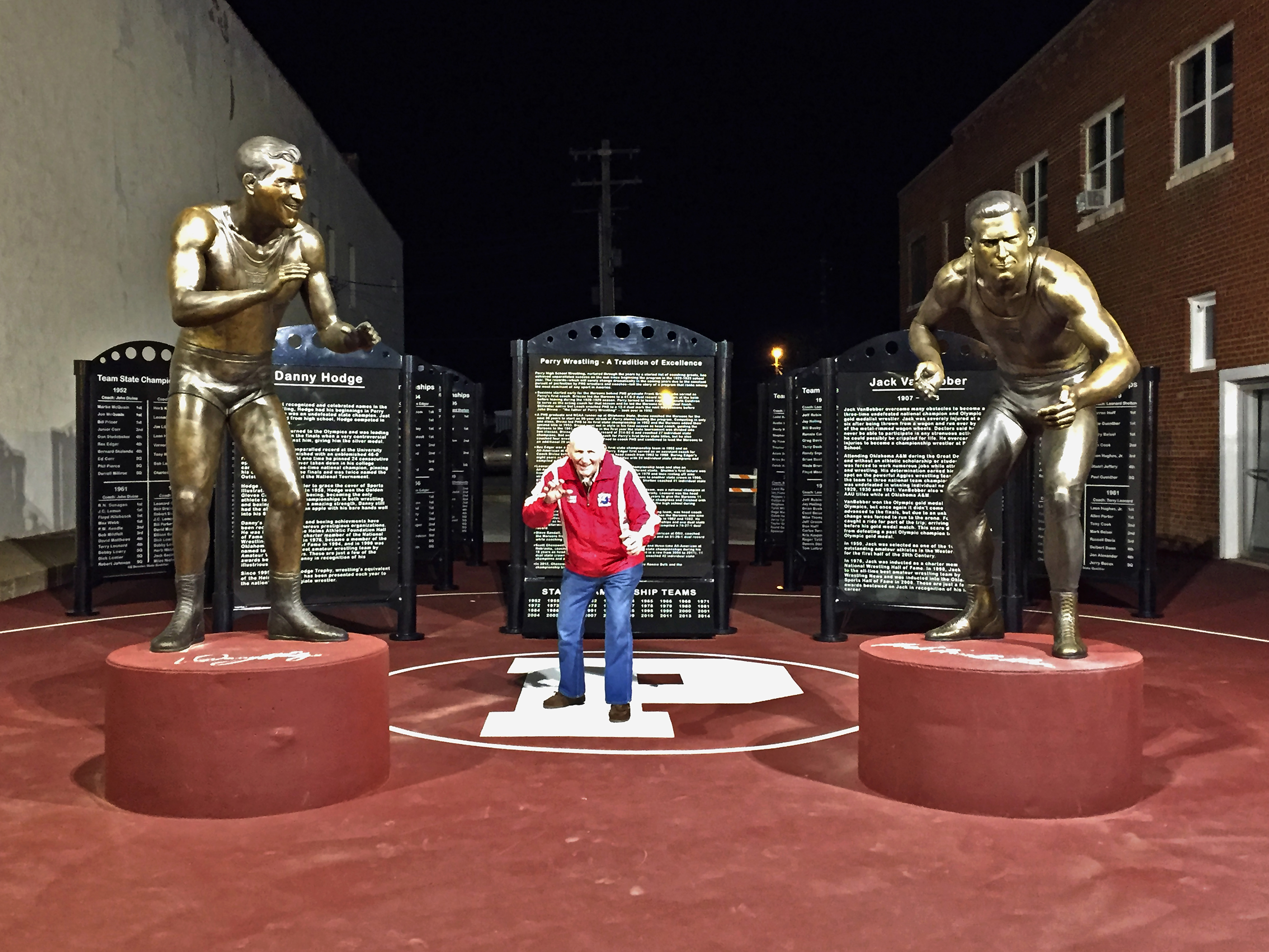 Perry Wrestling Monument with Danny Hodge